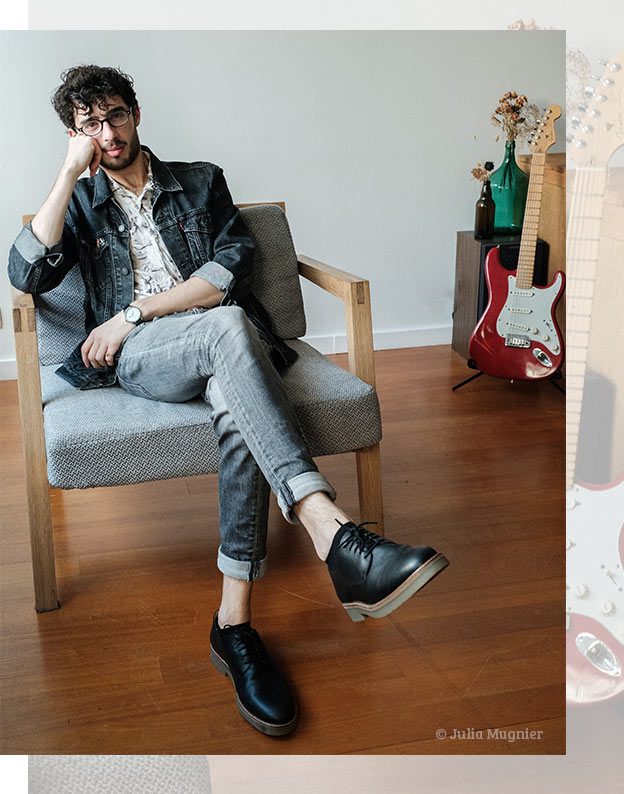 Alexandre Joseph, author-composer-guitarist, wears derbies shoes from the brand kickers