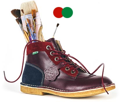 Original two-tone burgundy artist shoes from the brand Kickers